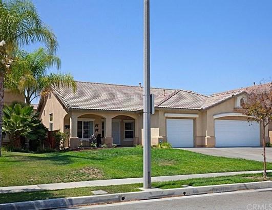 2314 Willowbrook Lane, Perris, CA - USA (photo 1)