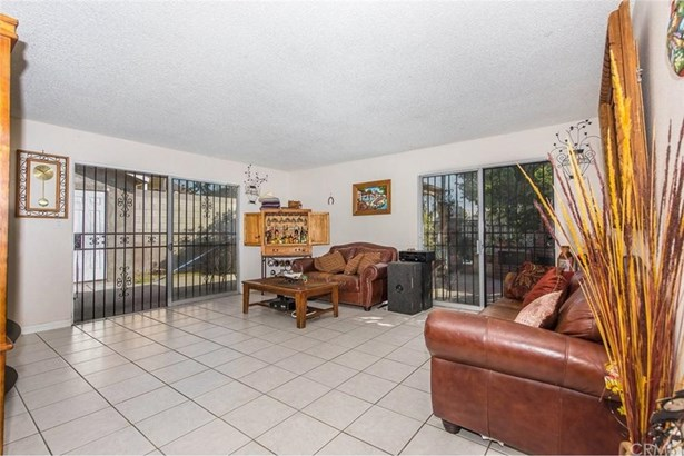 701 S Huron Drive, Santa Ana, CA - USA (photo 4)