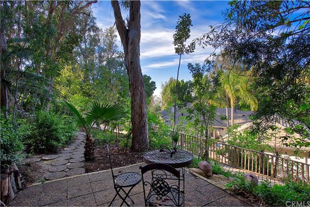 141 S Peralta Hills Drive, Anaheim Hills, CA - USA (photo 4)