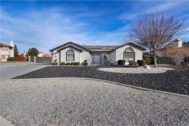 12371 Tonopah Court, Apple Valley, CA - USA (photo 1)