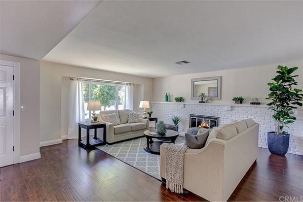 24151 Laulhere Place, Lake Forest, CA - USA (photo 4)