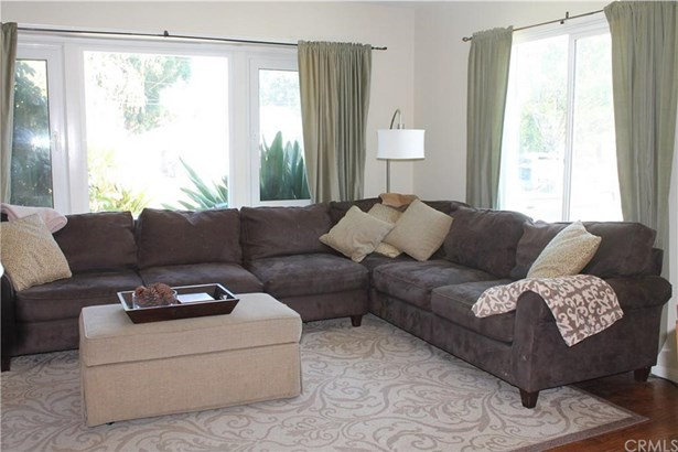 5651 Verdura Avenue, Lakewood, CA - USA (photo 4)