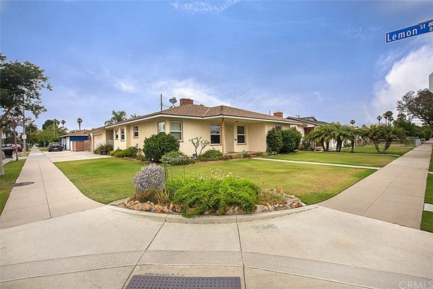 141 W Midway Manor, Anaheim, CA - USA (photo 3)