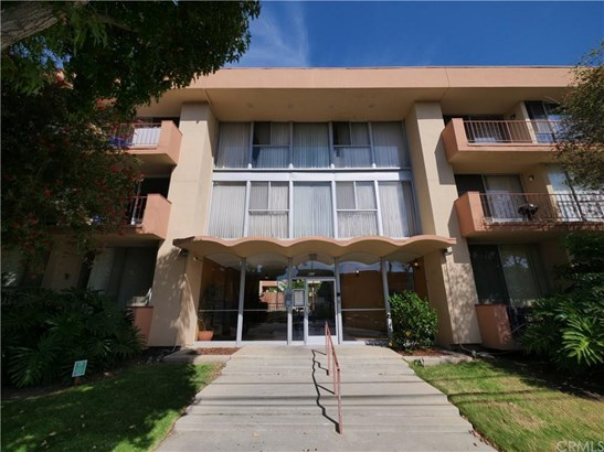 855 Victor Avenue 208, Inglewood, CA - USA (photo 2)
