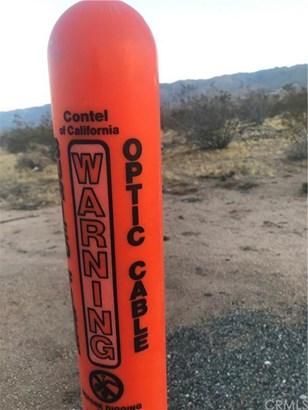 26429 Desert View Road, Apple Valley, CA - USA (photo 4)