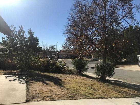12408 Yuma Court, Moreno Valley, CA - USA (photo 5)