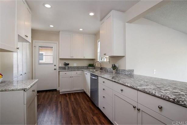 1253 W 184th Street, Gardena, CA - USA (photo 5)