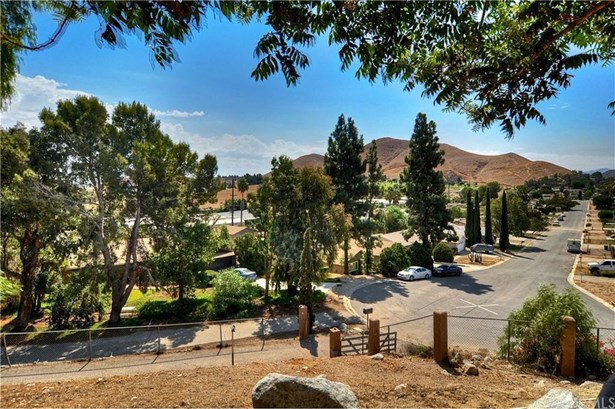 5225 Viceroy Avenue, Norco, CA - USA (photo 3)