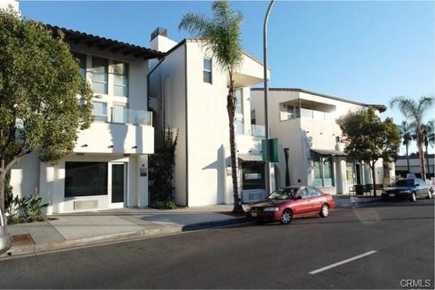576 S Brea Boulevard, Brea, CA - USA (photo 1)