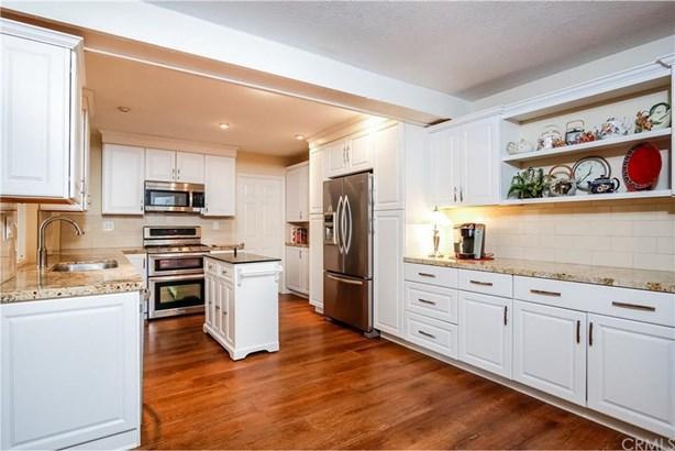 13765 Browning Avenue 3, Tustin, CA - USA (photo 1)