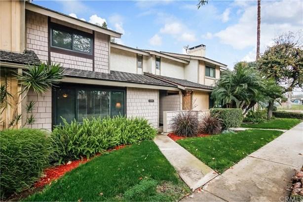 13765 Browning Avenue 3, Tustin, CA - USA (photo 3)