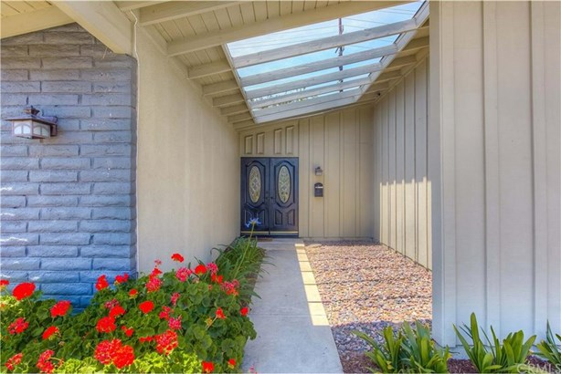 1272 Langdale Lane, Tustin, CA - USA (photo 2)