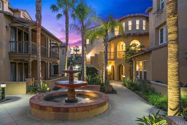 21382 Estepa Circle, Huntington Beach, CA - USA (photo 2)