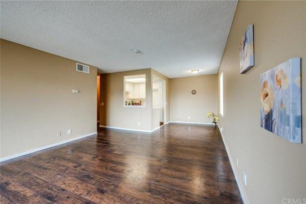 600 W 3rd Street A302, Santa Ana, CA - USA (photo 5)