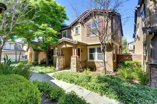 8211 Garden Gate Street, Chino, CA - USA (photo 1)