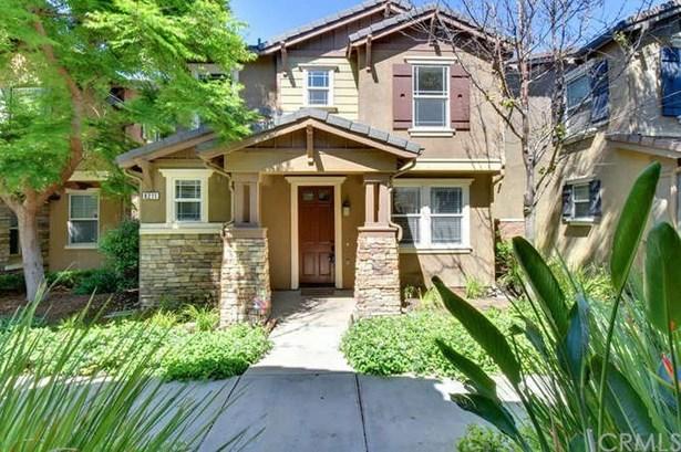 8211 Garden Gate Street, Chino, CA - USA (photo 2)