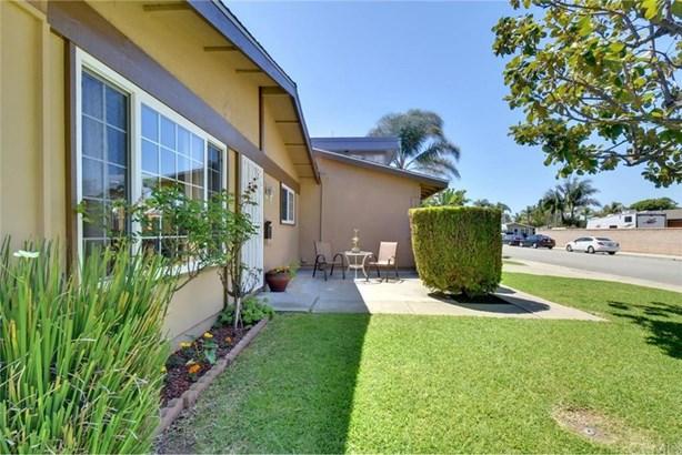 9182 Paddock Circle, Huntington Beach, CA - USA (photo 5)