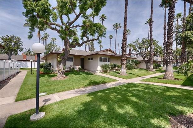 1447 Prospect Avenue A, Placentia, CA - USA (photo 3)