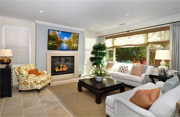 36 Honeyrose, Irvine, CA - USA (photo 4)