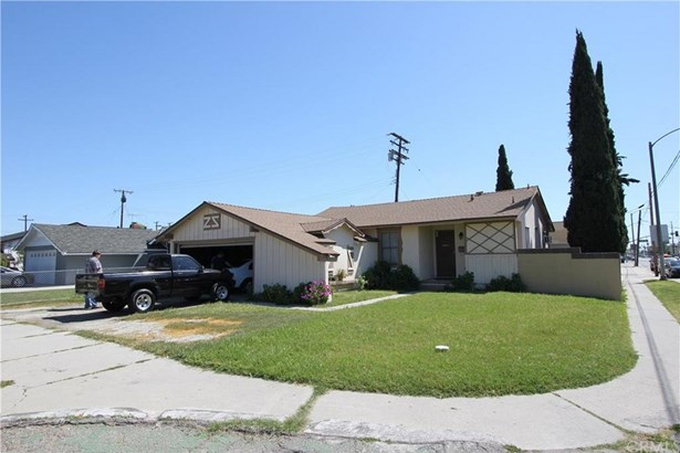 12204 209th Street, Lakewood, CA - USA (photo 1)