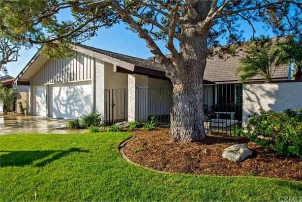20821 Sparkman Lane, Huntington Beach, CA - USA (photo 3)