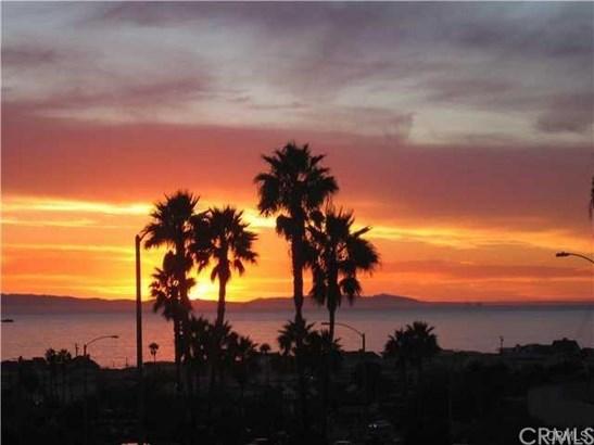 220 Nice Lane 214, Newport Beach, CA - USA (photo 3)