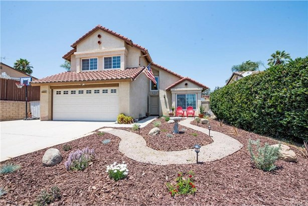2124 Berkshire Circle, Corona, CA - USA (photo 1)