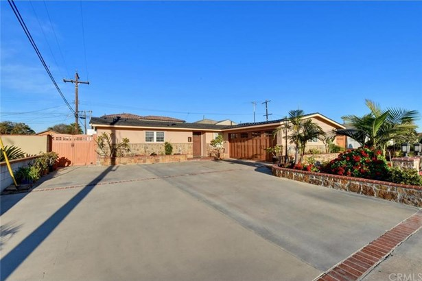 8757 Los Altos Drive, Buena Park, CA - USA (photo 3)