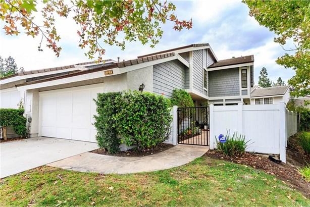 521 S Indian 39, Anaheim Hills, CA - USA (photo 1)