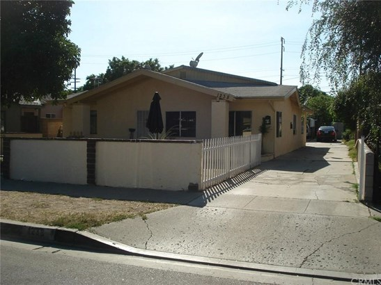 1238 S Golden West Avenue, Santa Ana, CA - USA (photo 1)
