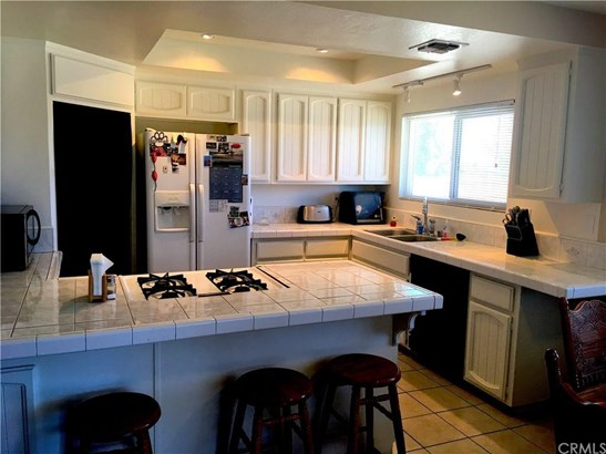 10785 Portland Avenue, Hesperia, CA - USA (photo 5)