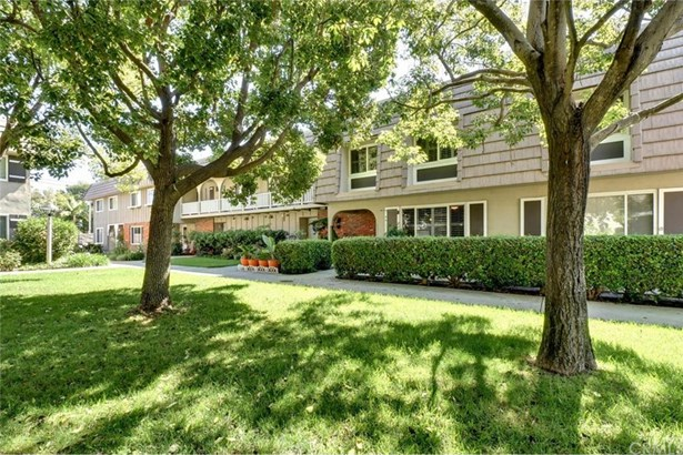4611 Larwin Avenue, Cypress, CA - USA (photo 3)