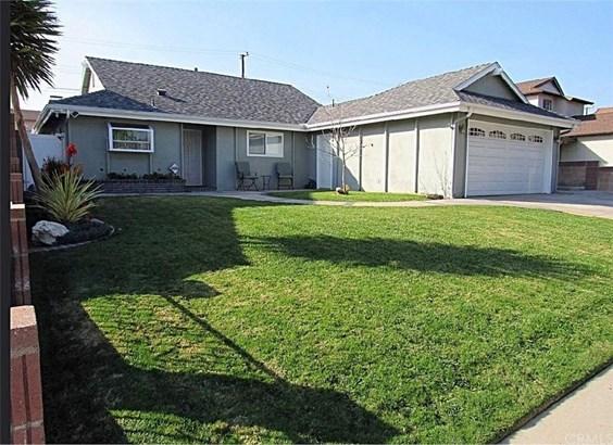 12043 Hartdale Avenue, La Mirada, CA - USA (photo 2)