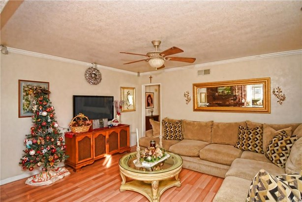 812 S Valinda Avenue, West Covina, CA - USA (photo 2)