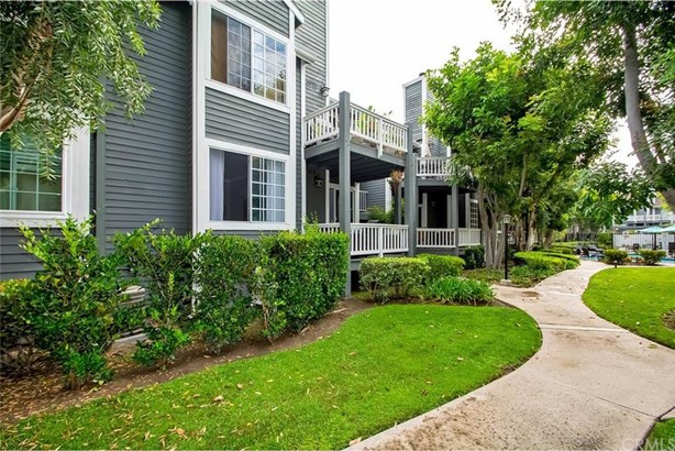 2330 Vanguard Way K103, Costa Mesa, CA - USA (photo 3)