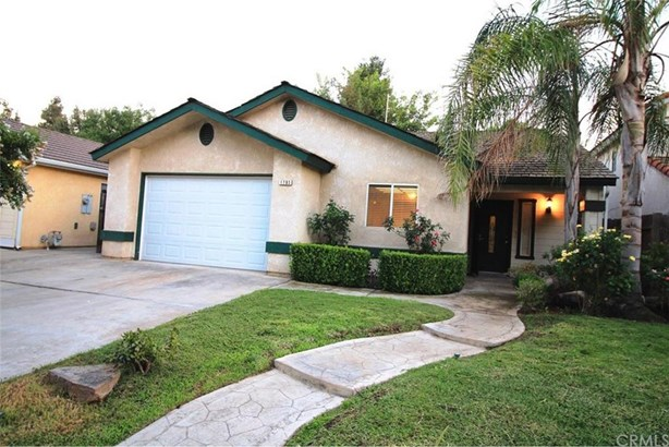 1703 E Solar Avenue, Fresno, CA - USA (photo 3)