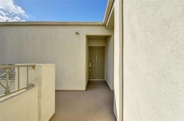 1401 N Greenbrier Road 305, Long Beach, CA - USA (photo 3)