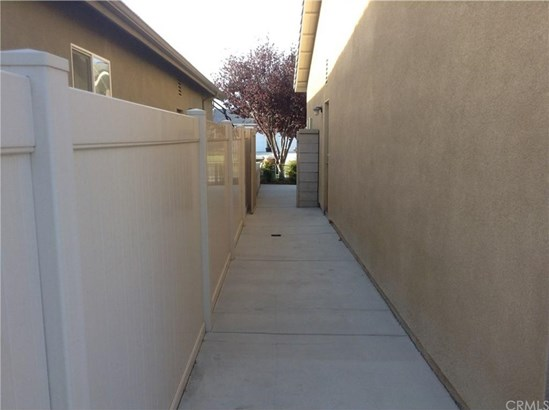 7224 Leighton Drive, Corona, CA - USA (photo 4)