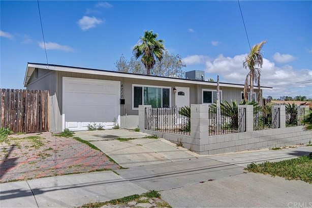 4210 Lewis Street, Oceanside, CA - USA (photo 2)