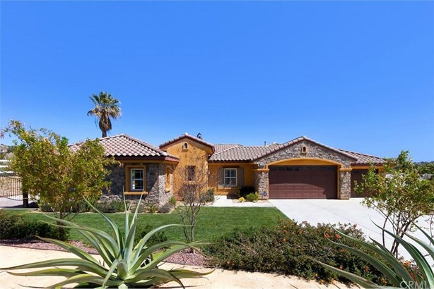 17624 Fairbreeze Court, Casa Blanca, CA - USA (photo 1)