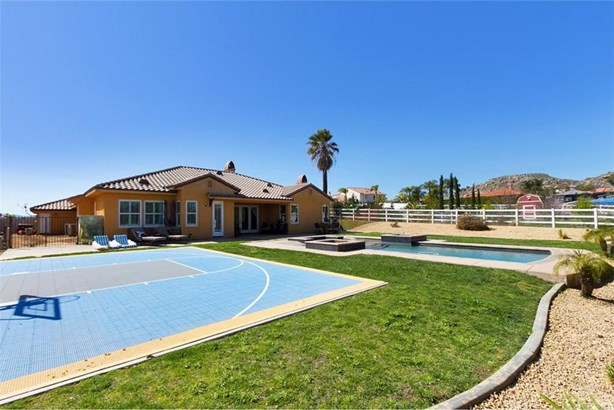 17624 Fairbreeze Court, Casa Blanca, CA - USA (photo 5)