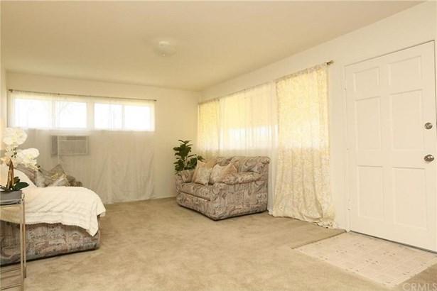9825 Gunn Avenue, Whittier, CA - USA (photo 2)