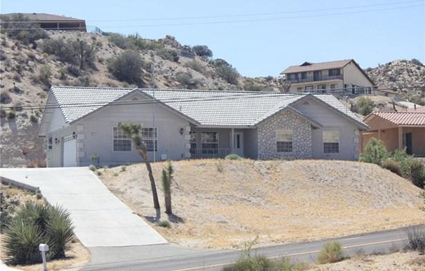 6112 Farrelo Road, Yucca Valley, CA - USA (photo 1)