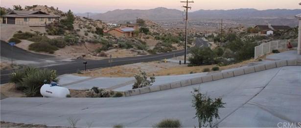 6112 Farrelo Road, Yucca Valley, CA - USA (photo 3)