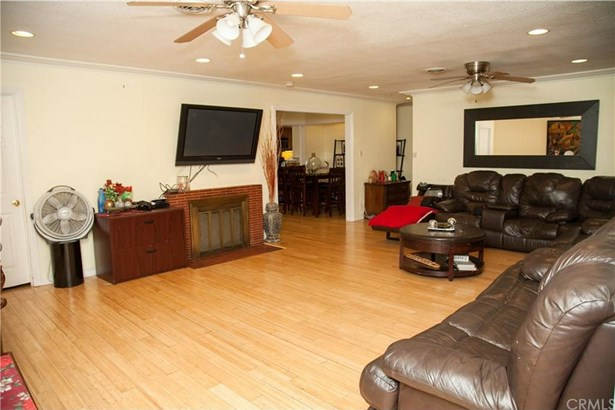 253 E Marker Street, Long Beach, CA - USA (photo 4)