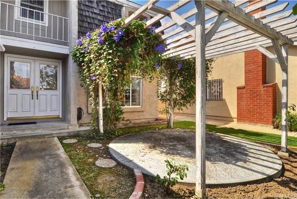 16221 Mount Baden Powell Street, Fountain Valley, CA - USA (photo 4)