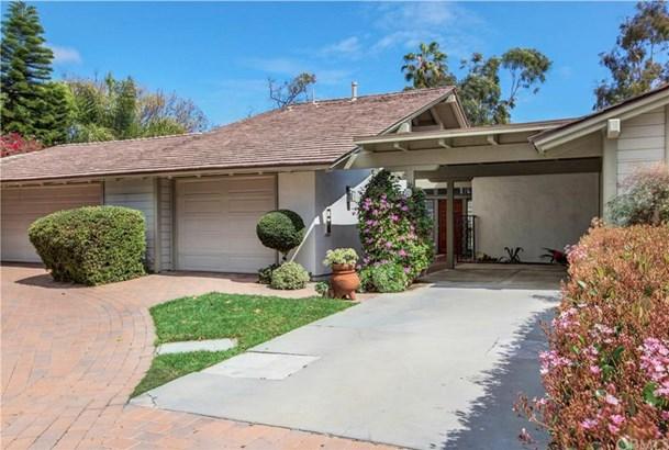 26 Nuevo, Irvine, CA - USA (photo 2)