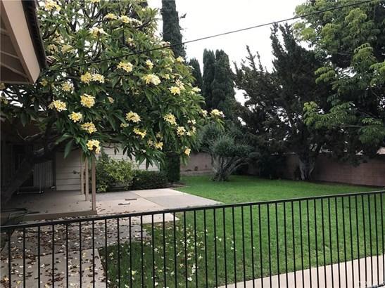 3010 E Hillcrest Avenue, Orange, CA - USA (photo 3)
