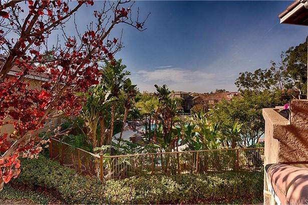 1082 S Positano Avenue, Anaheim Hills, CA - USA (photo 2)
