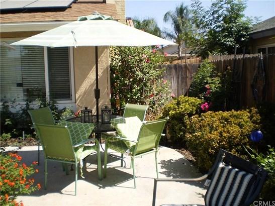 23698 Suncrest Avenue, Moreno Valley, CA - USA (photo 5)